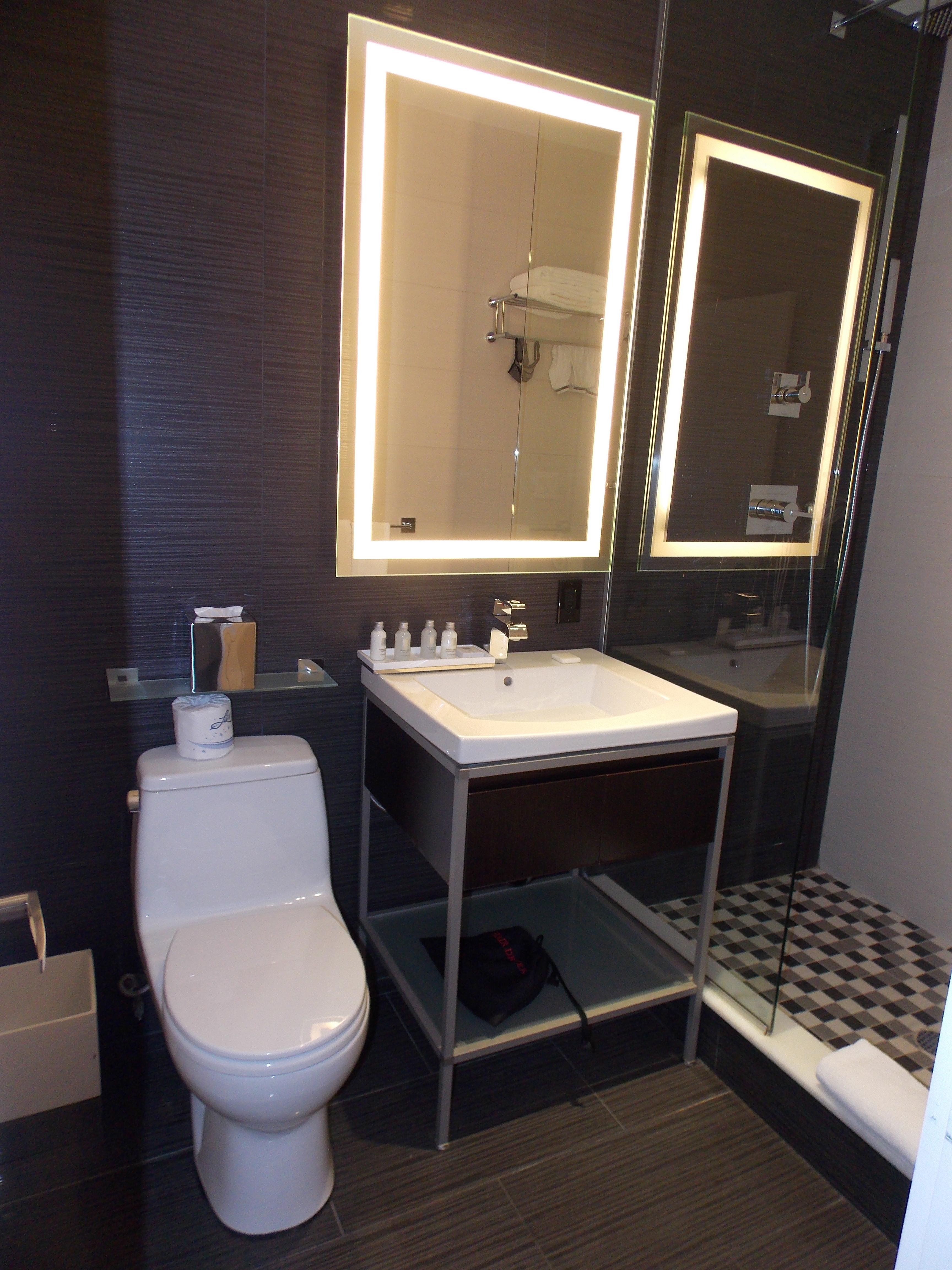 Related Pictures banheiros pequenos simples decorados #936E38 3456 4608