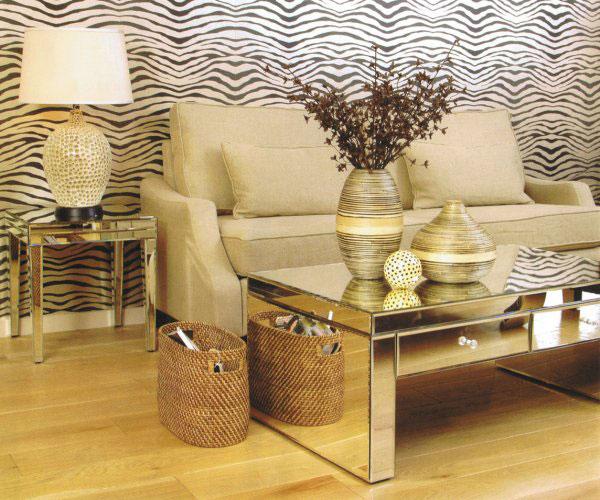 Mesa de centro espelhada a casa das gurias for Mesas auxiliares para sala modernas